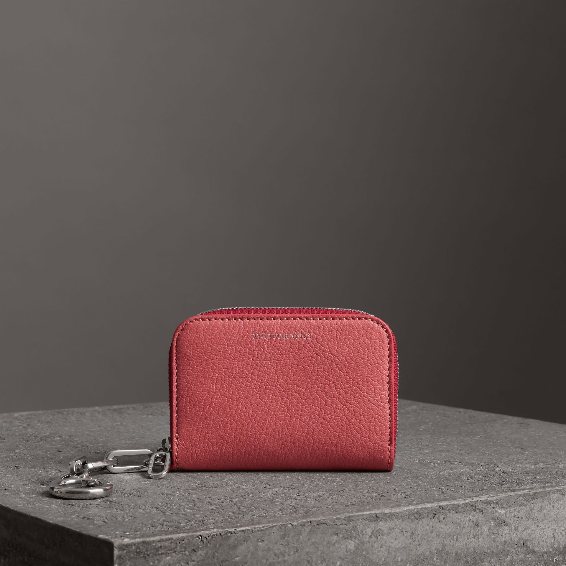 Link Detail Leather Ziparound Wallet in Bright Coral Pink - Women | Burberry Canada - gallery image 0