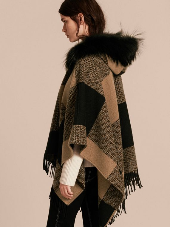 Camel Fur-trimmed Buffalo Check Wool Cashmere Poncho Camel - cell image 2