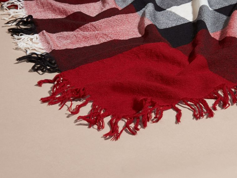 Check Wool Square - Large in Parade Red | Burberry - cell image 1