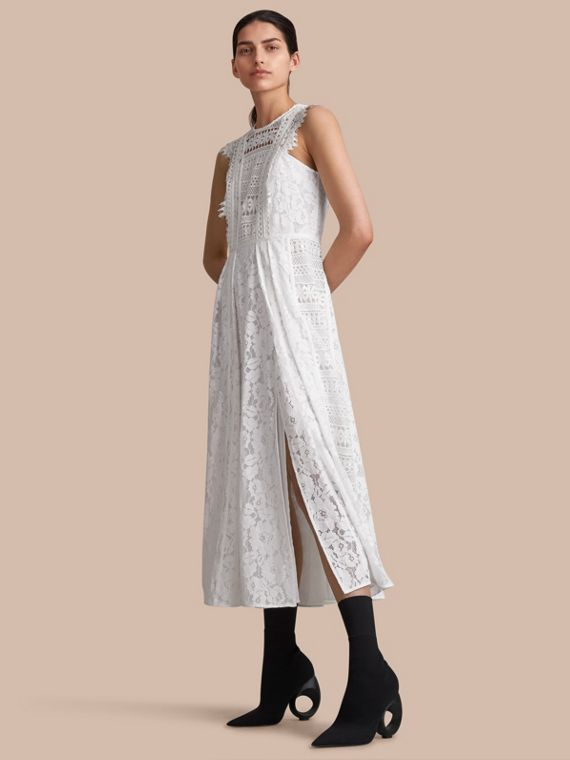 スリーブレス マクラメレース ドレス