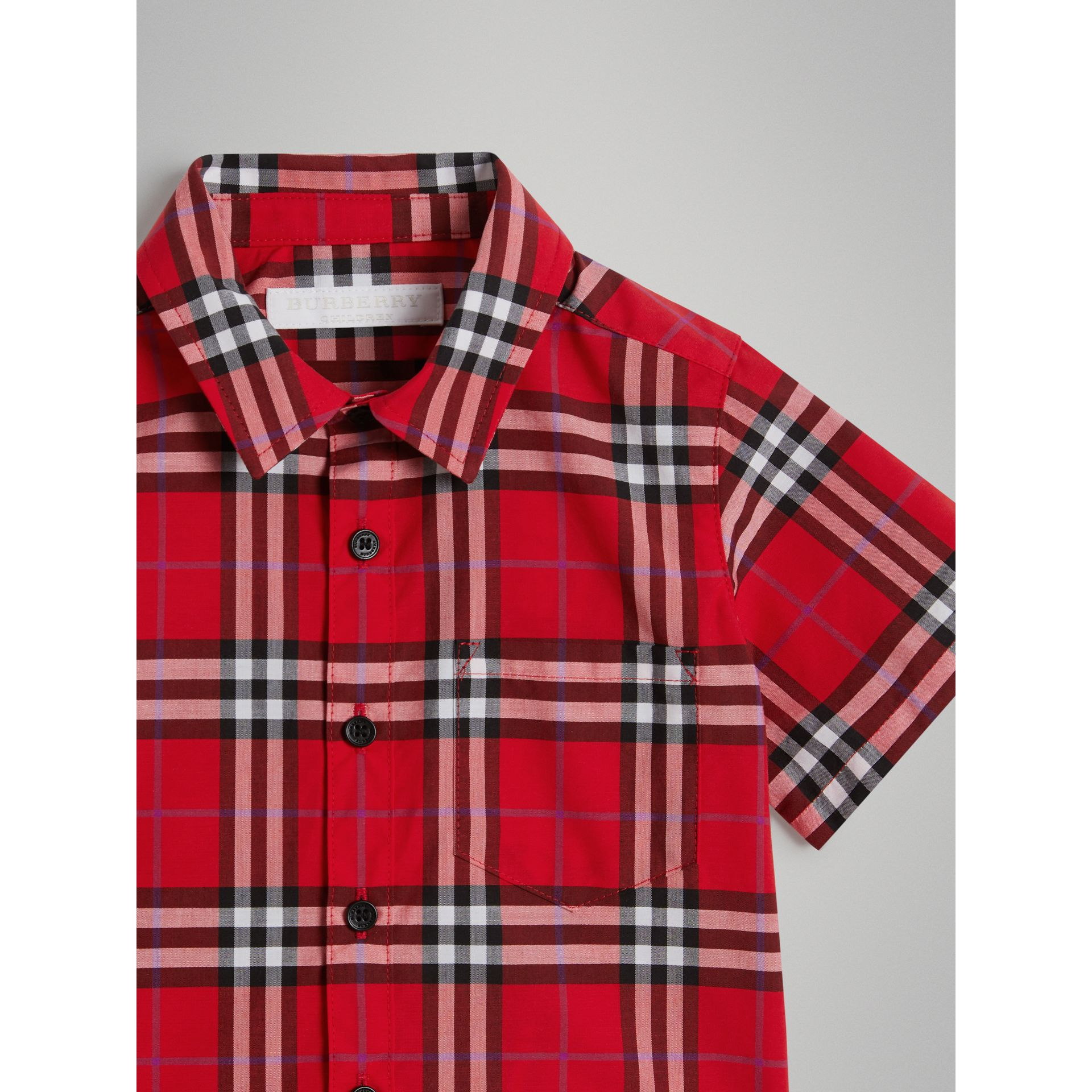 Short-sleeve Check Cotton Shirt in Bright Military Red - Children | Burberry Australia - gallery image 3