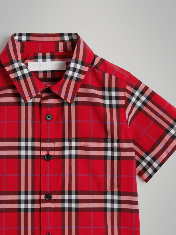 Short-sleeve Check Cotton Shirt in Bright Military Red - Children | Burberry Canada - cell image 3