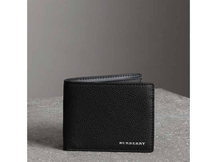 Grainy Leather Bifold Wallet in Black - Men | Burberry Canada - cell image 4