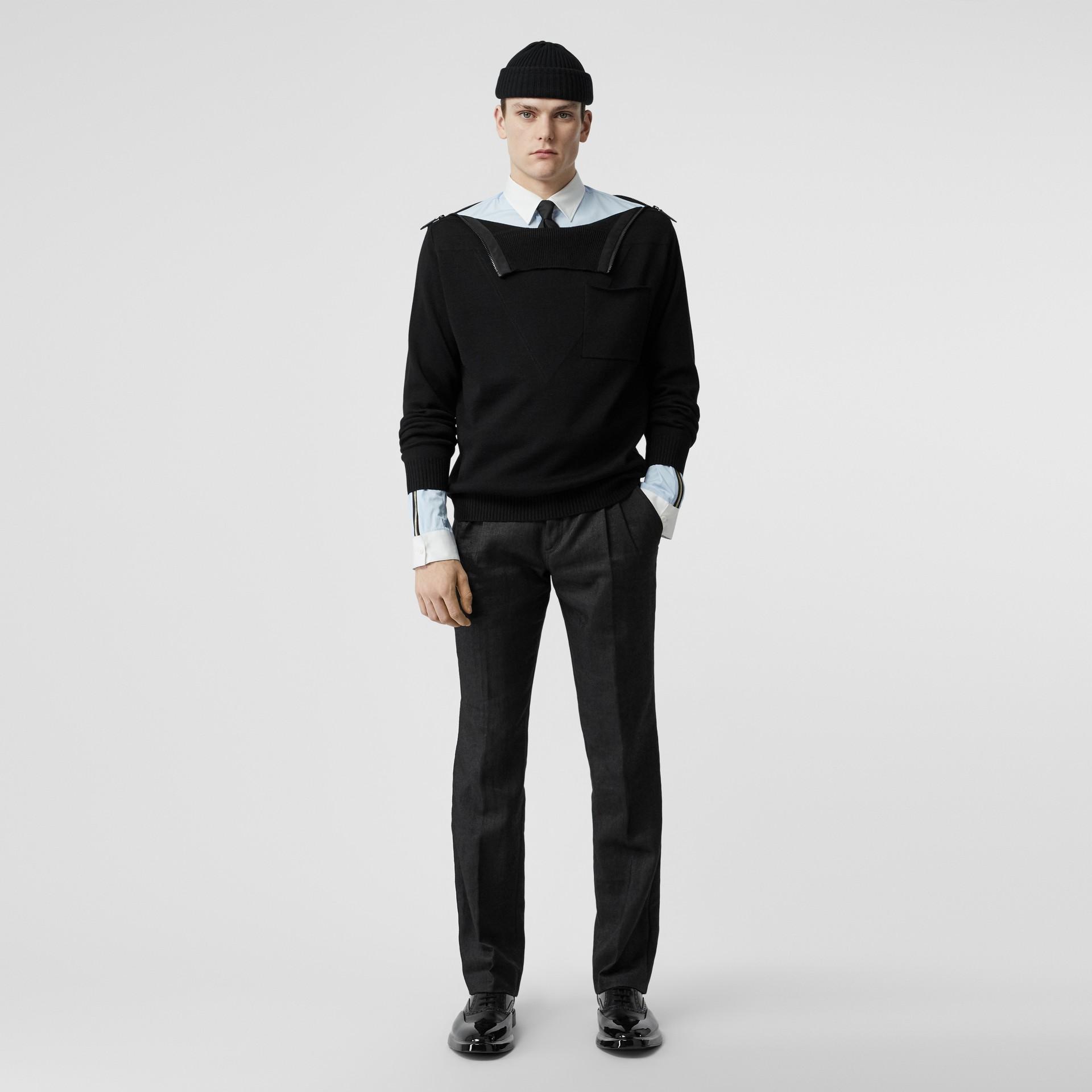 Pantalon plissé en lin mélangé avec zip (Noir) - Homme | Burberry - photo de la galerie 0