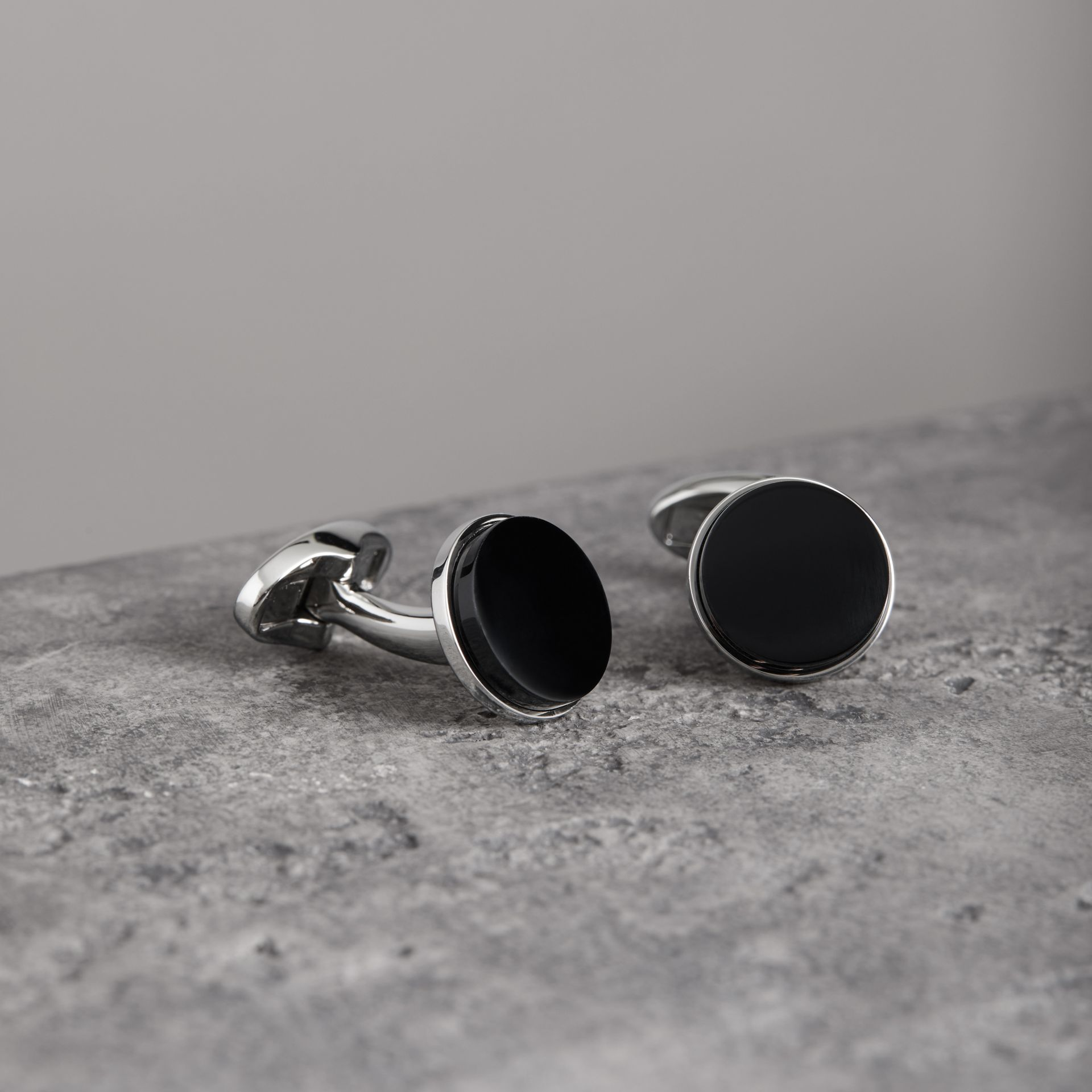 Engraved Agate Stud and Cufflink Set in Black - Men | Burberry - gallery image 0