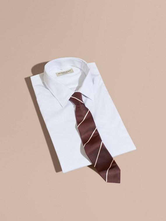 窄版剪裁條紋絲質領帶 深葡萄紅