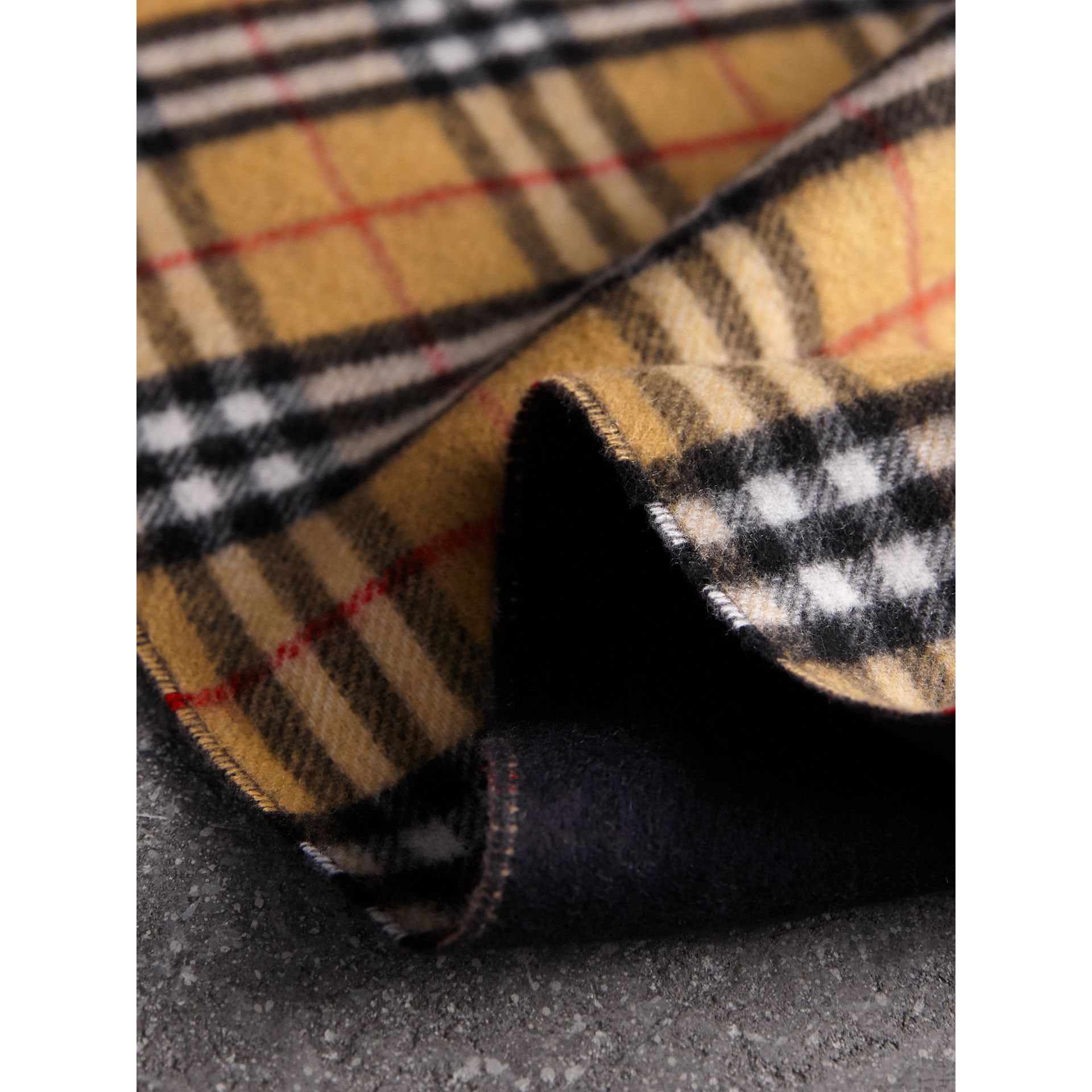 Long Reversible Vintage Check Double-faced Cashmere Scarf in Blue Carbon | Burberry Australia - gallery image 1