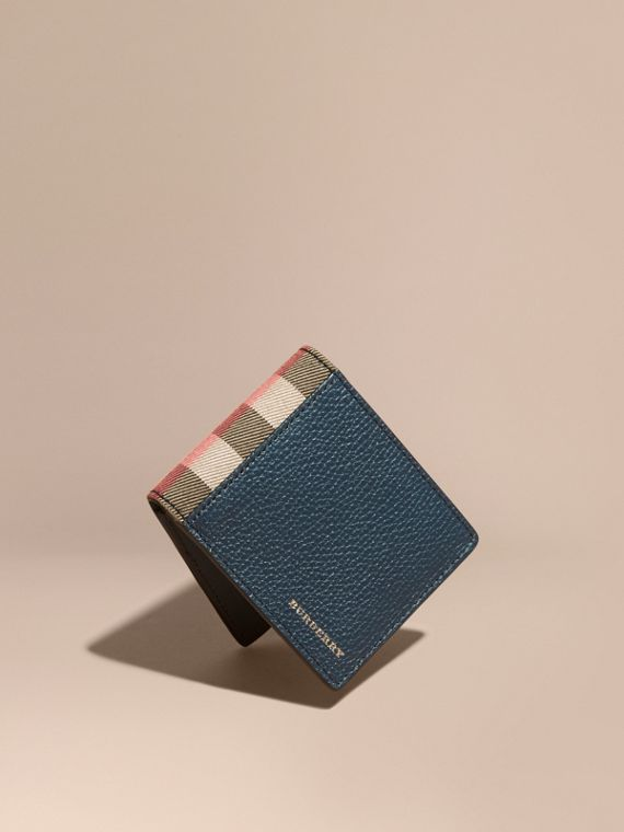 Grainy Leather and House Check Bifold Wallet in Storm Blue