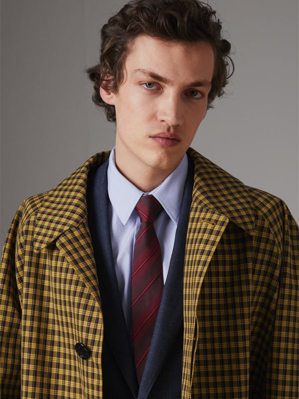 Modern Cut Striped Silk Tie in Deep Claret - Men | Burberry Hong Kong - cell image 2