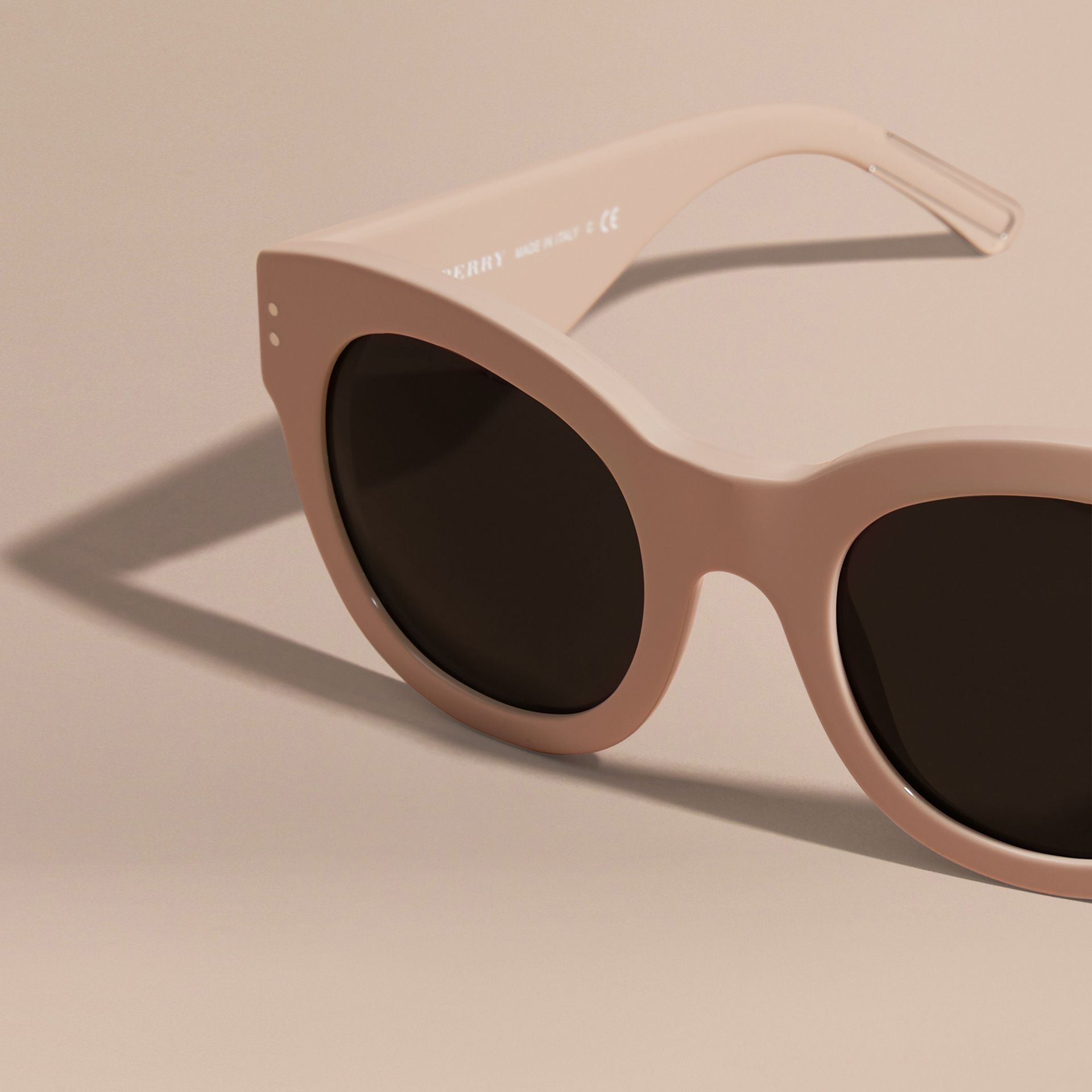 Nude Cat-eye Sunglasses Nude - gallery image 3