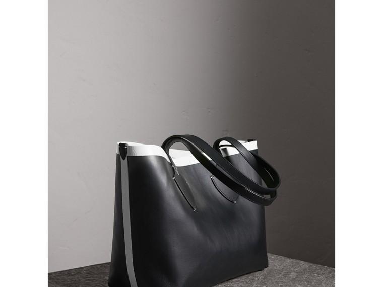 Bolsa tote Giant dupla face em lona e couro - Média (Preto/branco) | Burberry - cell image 1
