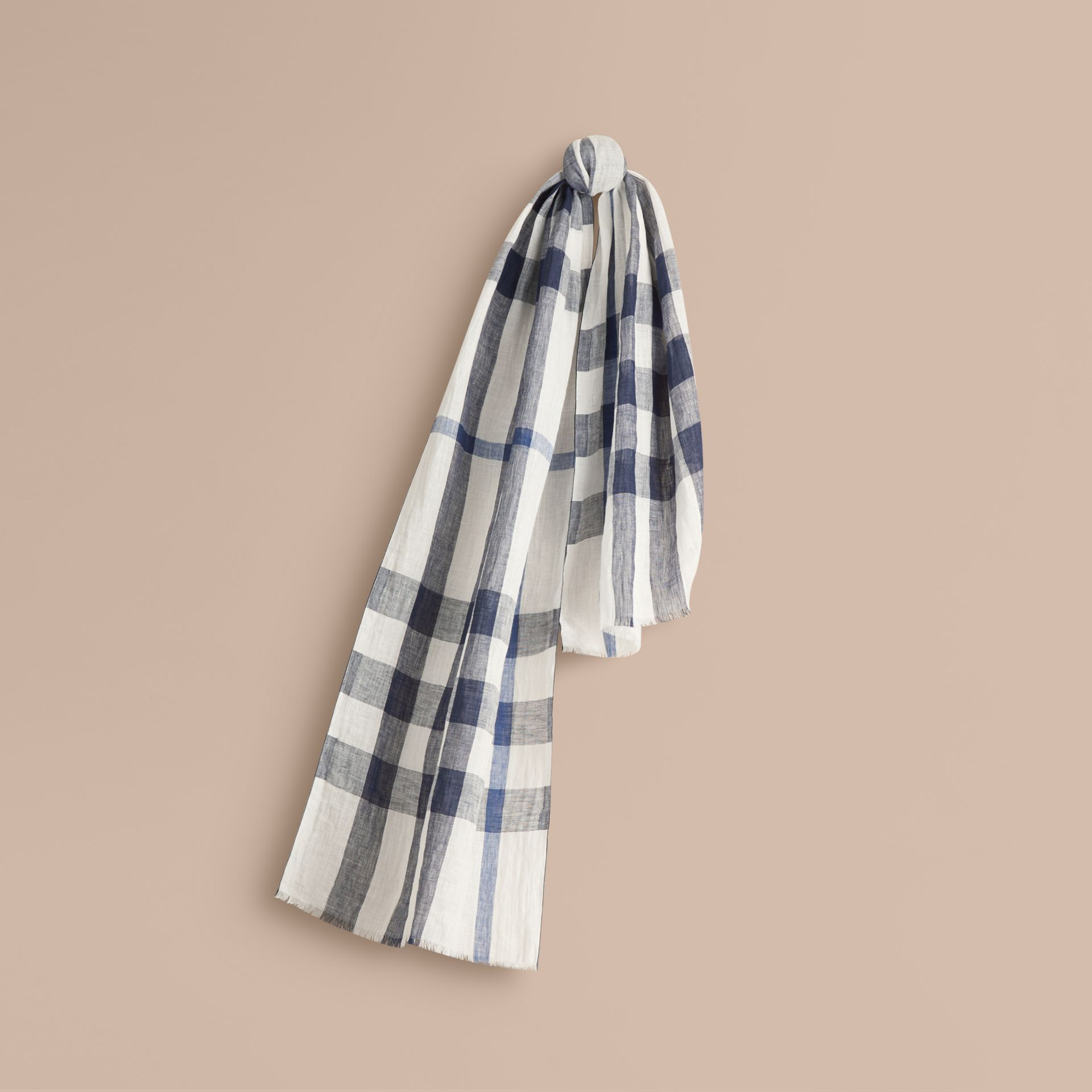 Chalk white check Check Linen Crinkled Scarf Chalk White - gallery image 1