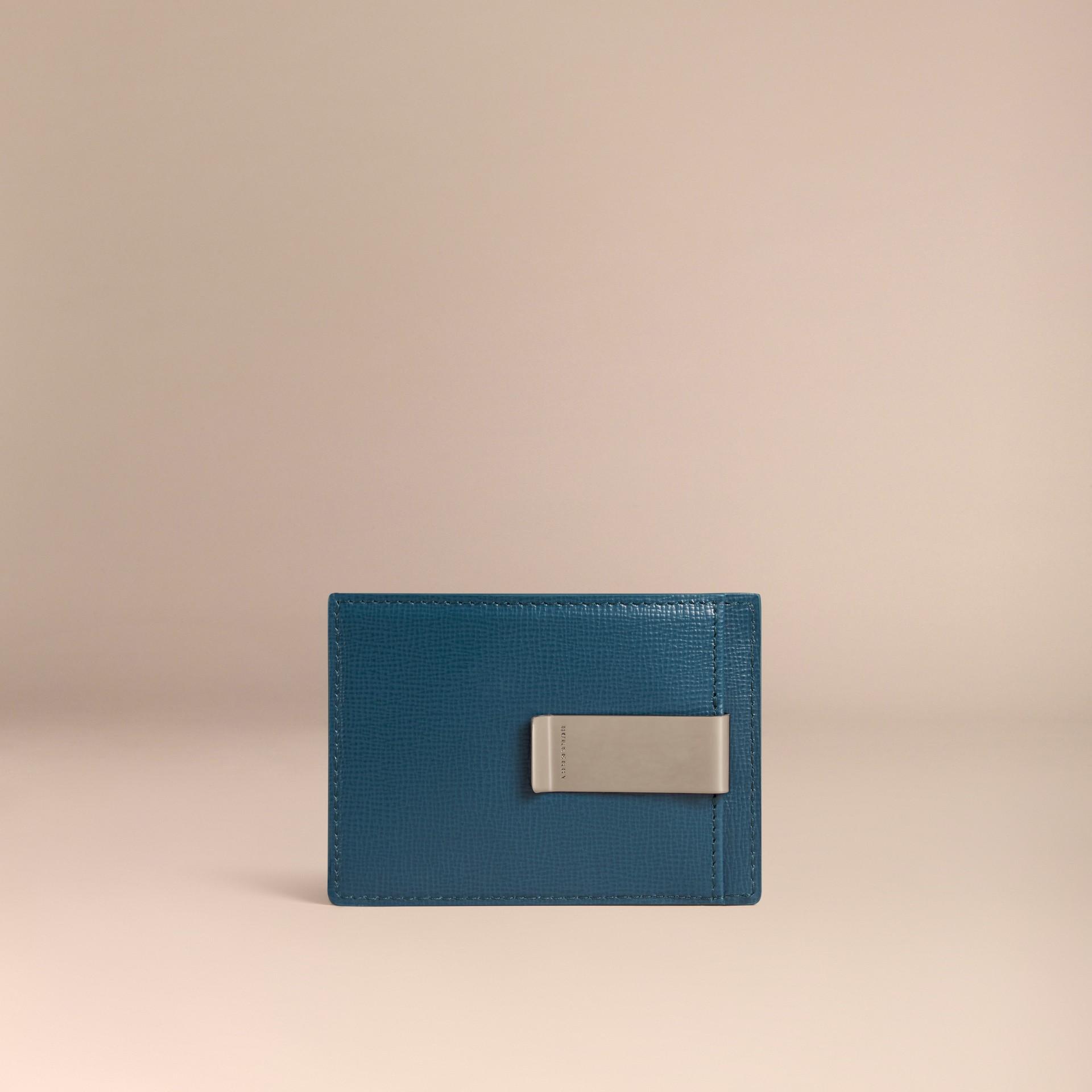Kartenetui aus London-Leder mit Geldscheinklammer (Mineralblau) - Galerie-Bild 2