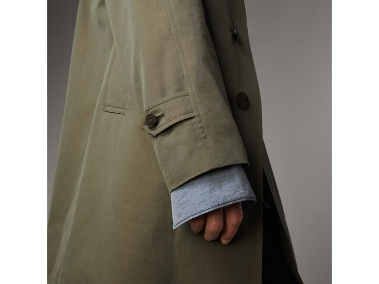 The Camden – Long Car Coat in Chalk Green - Men | Burberry Singapore - cell image 4