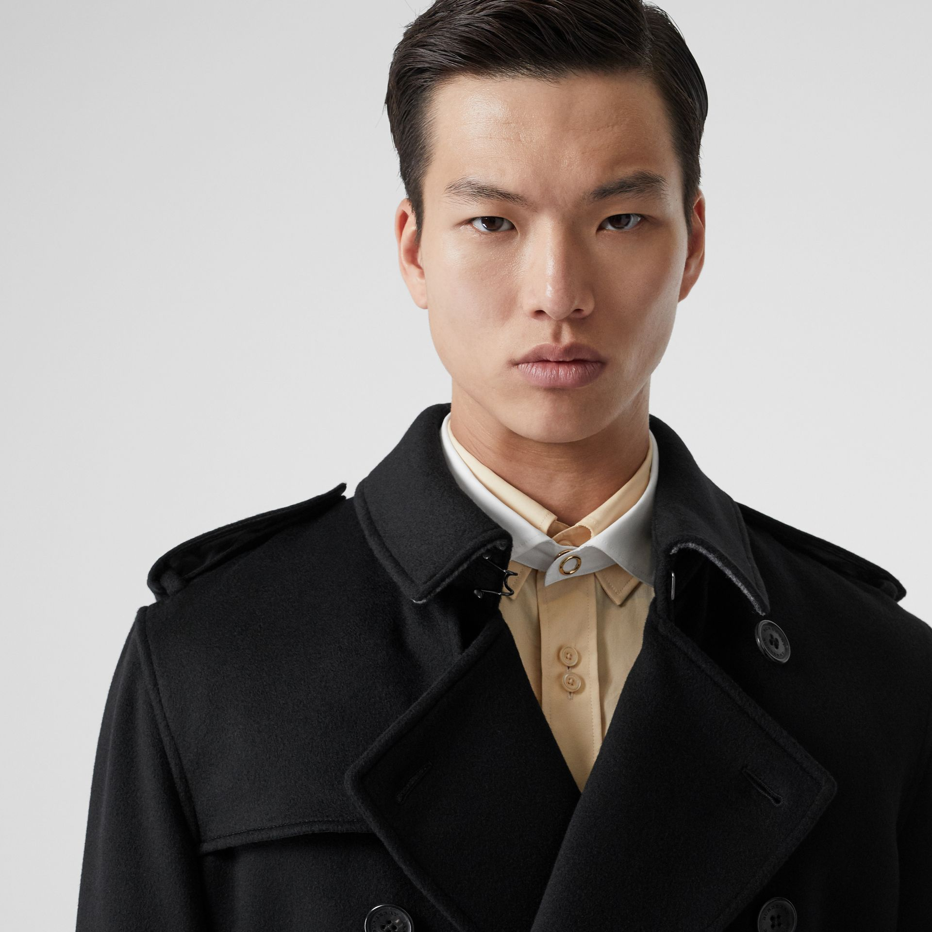 Cashmere Trench Coat in Black - Men | Burberry United Kingdom - gallery image 1
