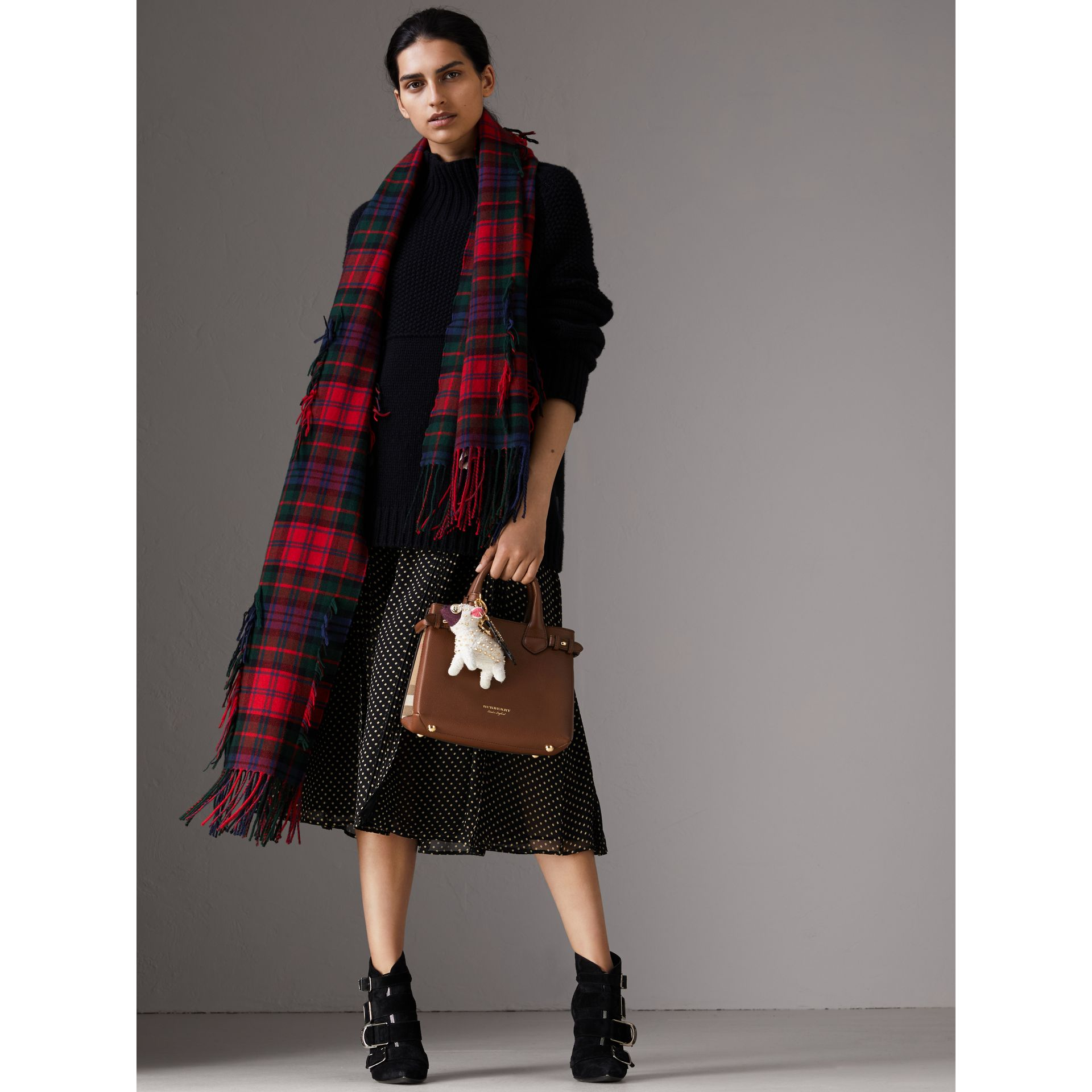 The Small Banner in Leather and House Check in Tan - Women | Burberry United Kingdom - gallery image 3