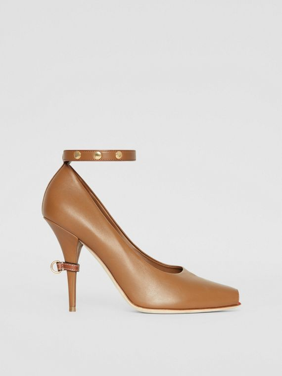 b639a2bd236 D-ring Detail Leather Peep-toe Pumps in Amber Brown