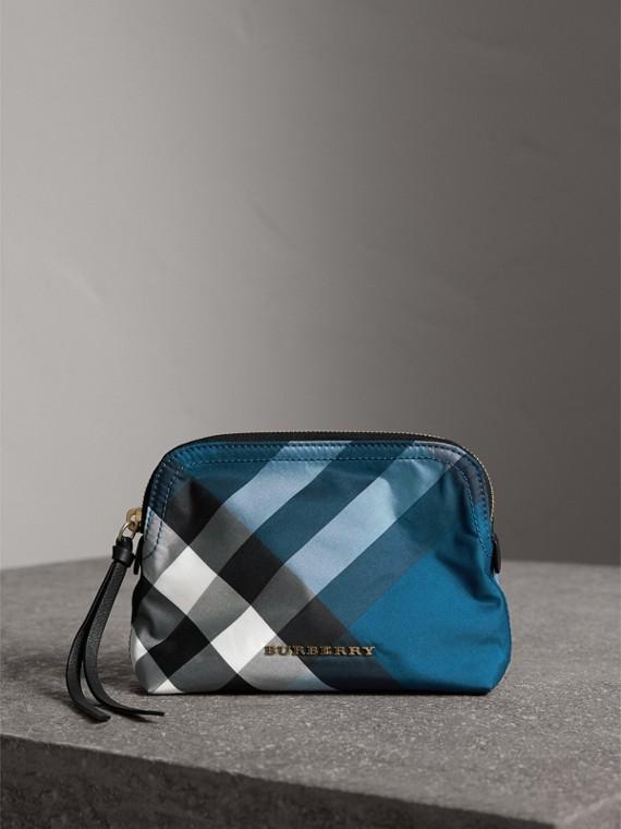 Bolsa pouch média de tecido tecnológico com estampa xadrez (Azul Oceano)