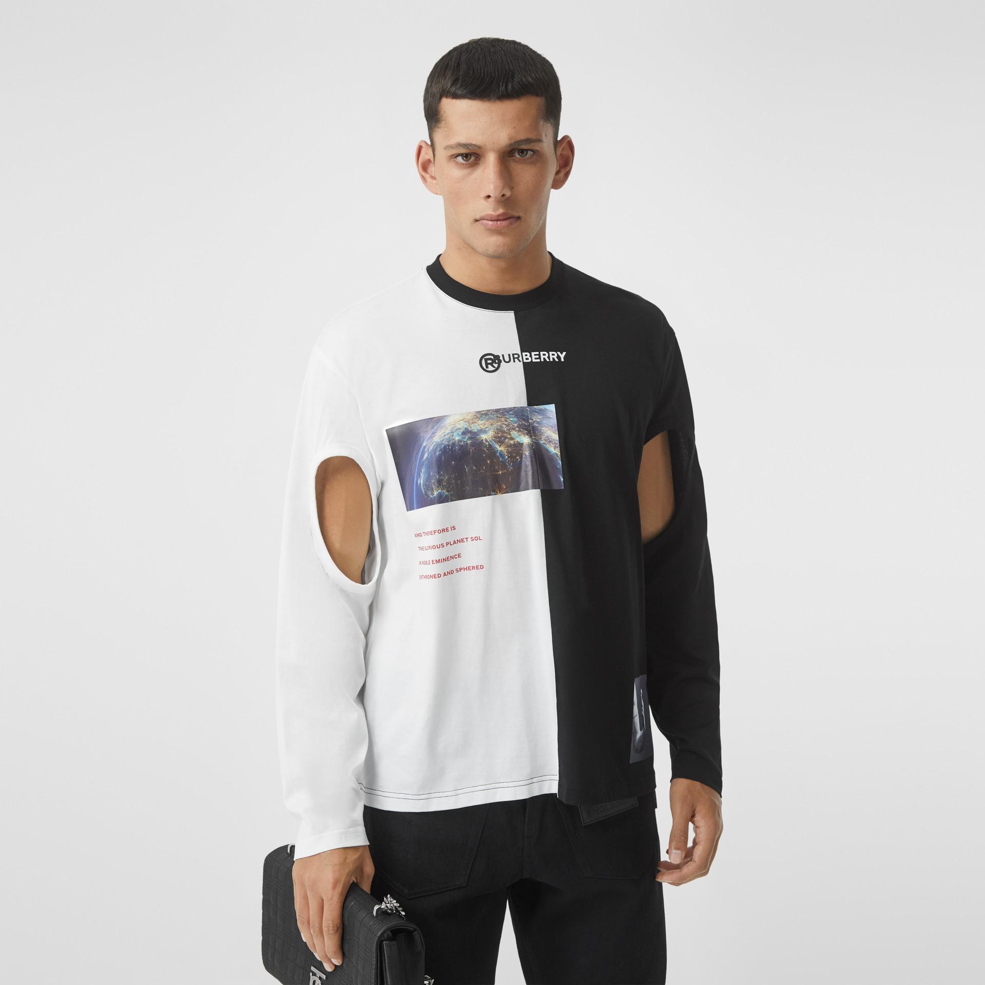 Haut oversize en coton à imprimé montage avec manches à découpes (Noir/blanc) - Homme | Burberry - photo de la galerie 0