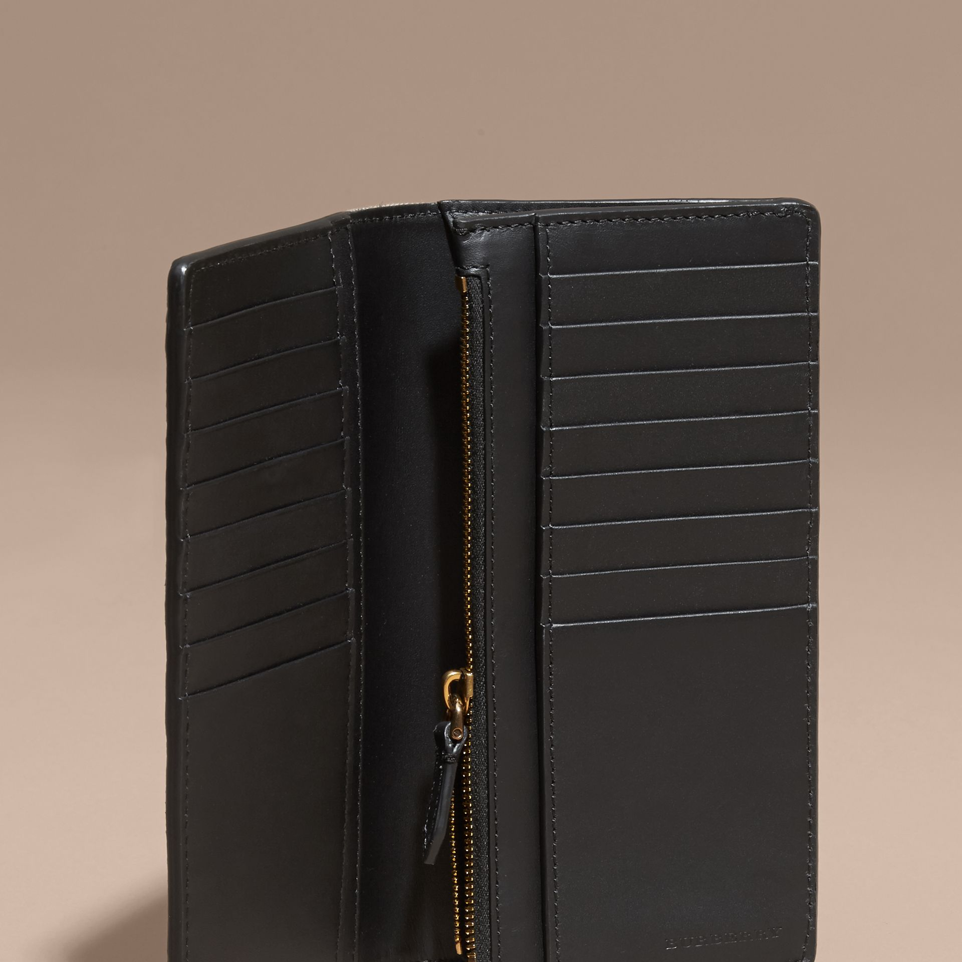 House Check and Grainy Leather Continental Wallet in Black - gallery image 4