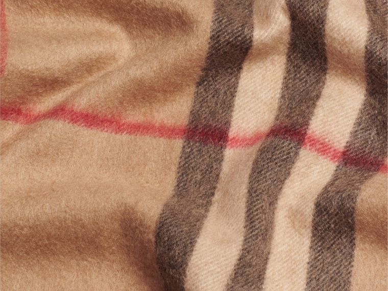 Camel check Exploded Check Cashmere Snood - cell image 1