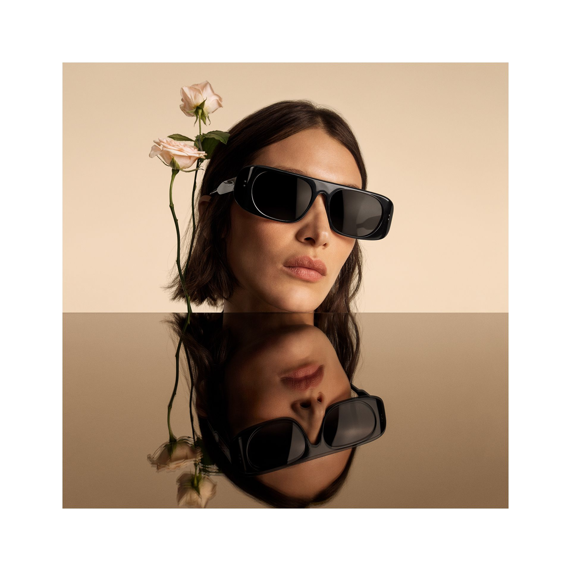 Blake Sunglasses in Black | Burberry - gallery image 1