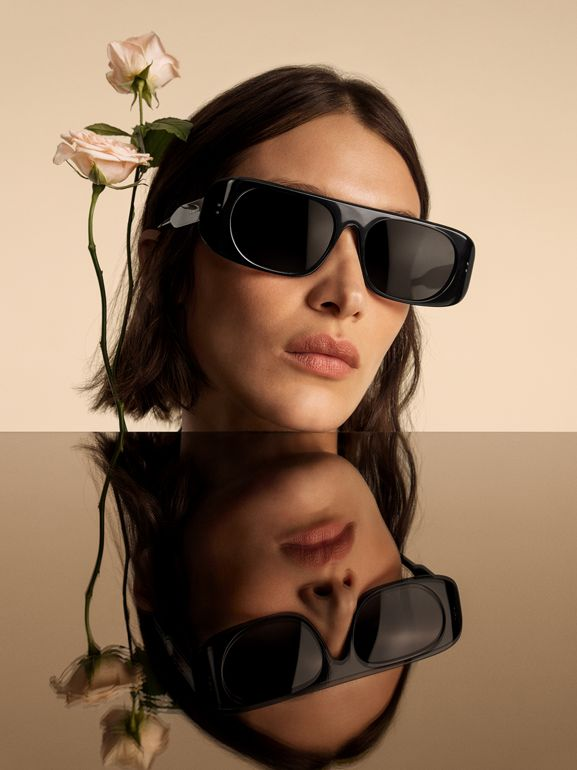 Blake Sunglasses in Black | Burberry - cell image 1