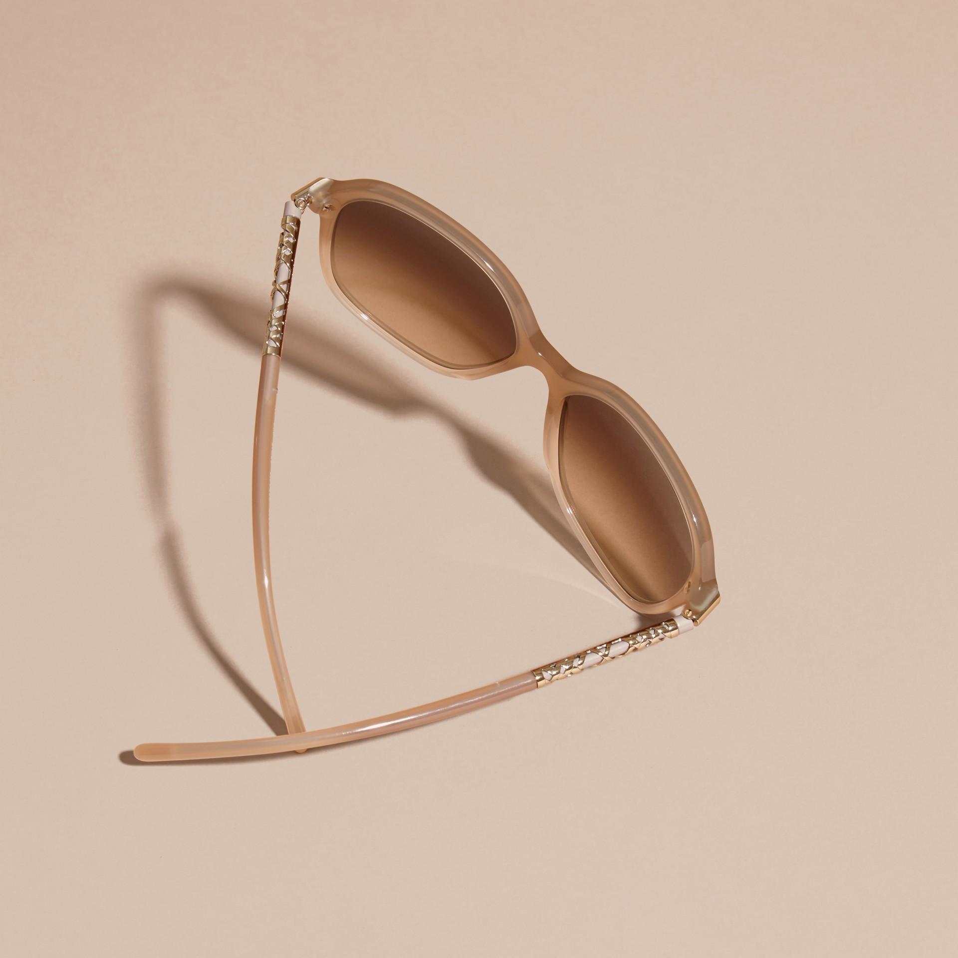 Chino grey Check Detail Round Frame Sunglasses Chino Grey - gallery image 4