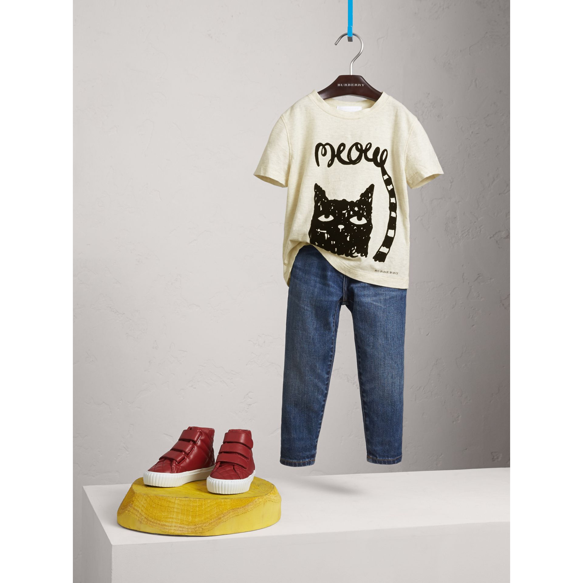 Meow Print Cotton T-shirt in Natural Melange - Girl | Burberry - gallery image 1