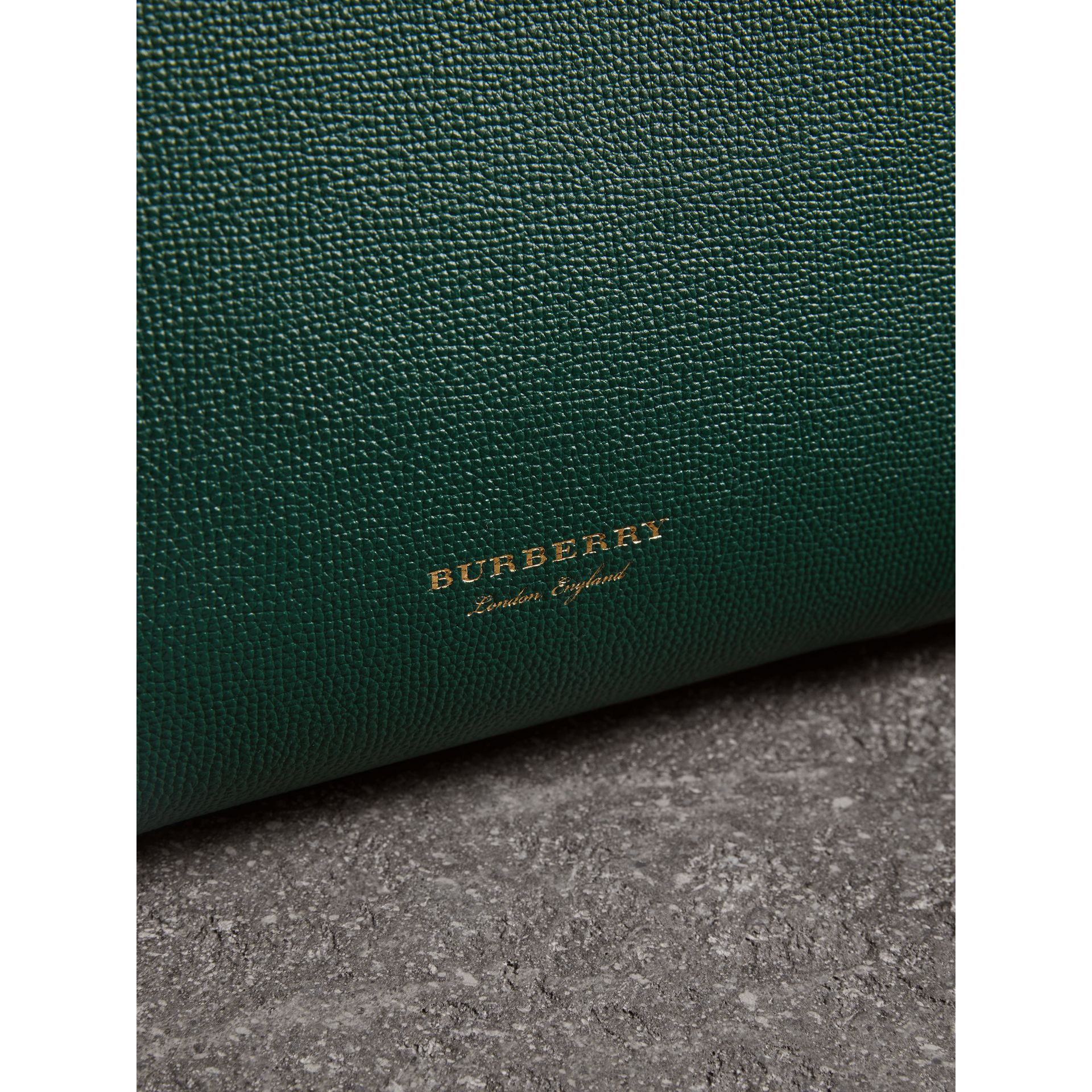 The Medium Banner in Brogue Detail Leather in Sea Green - Women | Burberry - gallery image 2