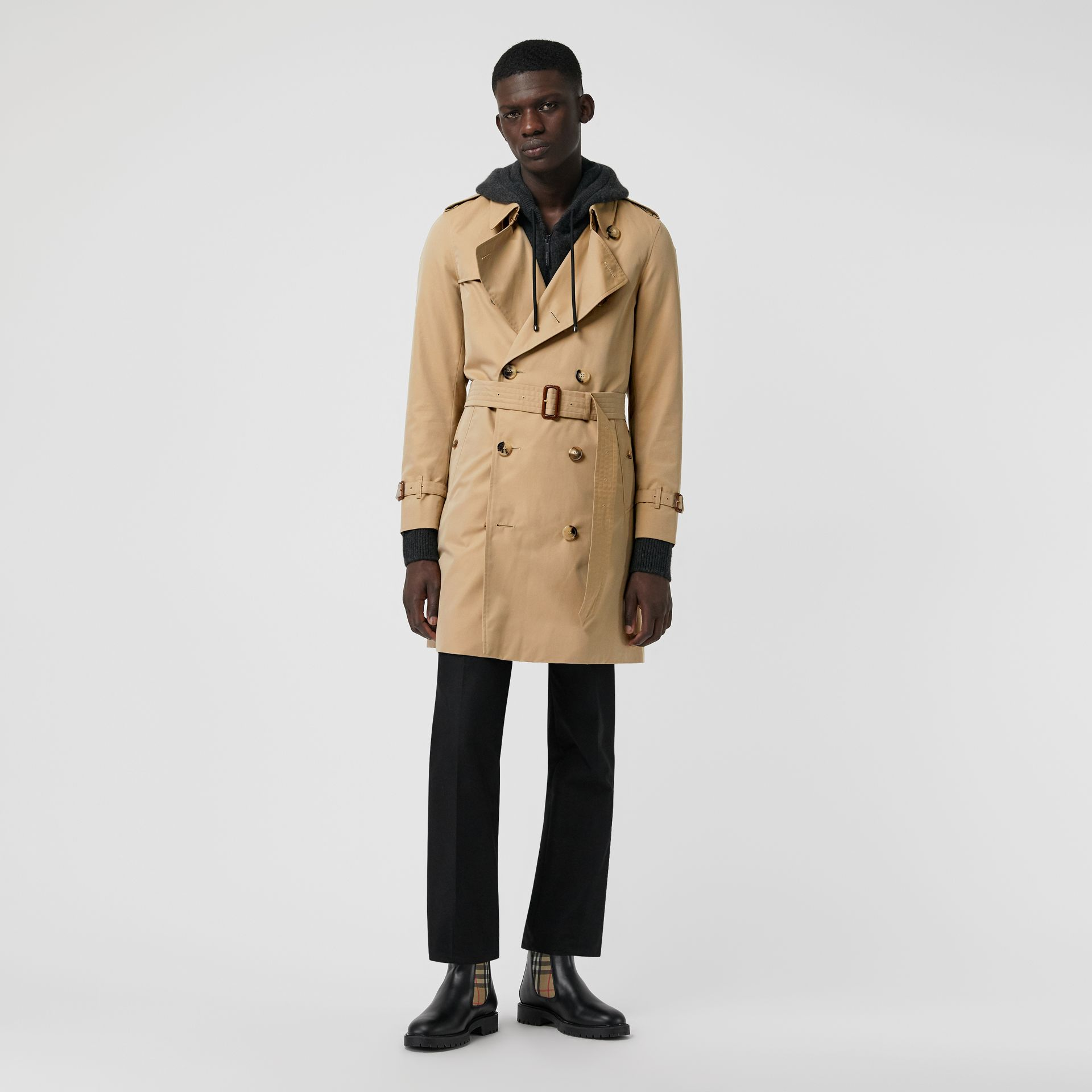The Chelsea Heritage Trench Coat in Honey - Men | Burberry - gallery image 6