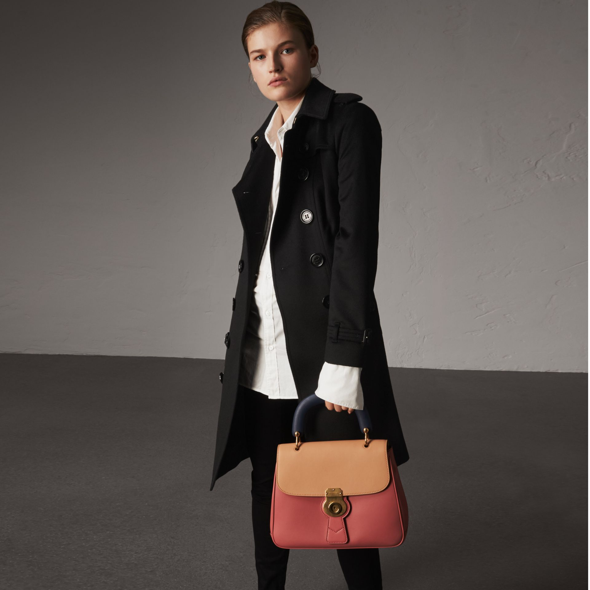 Sandringham Fit Cashmere Trench Coat in Black - Women | Burberry Canada - gallery image 0