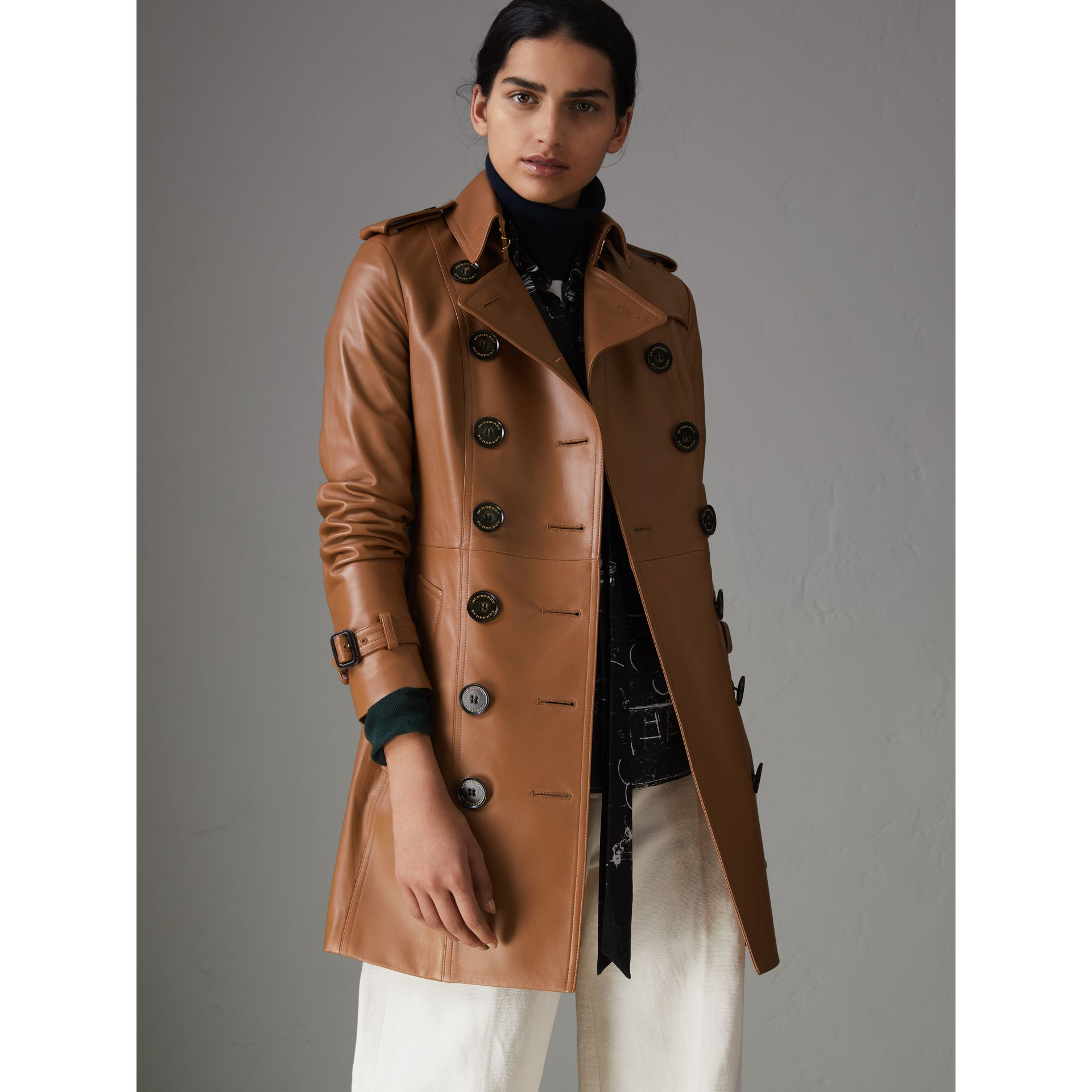 Sandringham Fit Lambskin Trench Coat in Caramel - Women | Burberry - gallery image 5