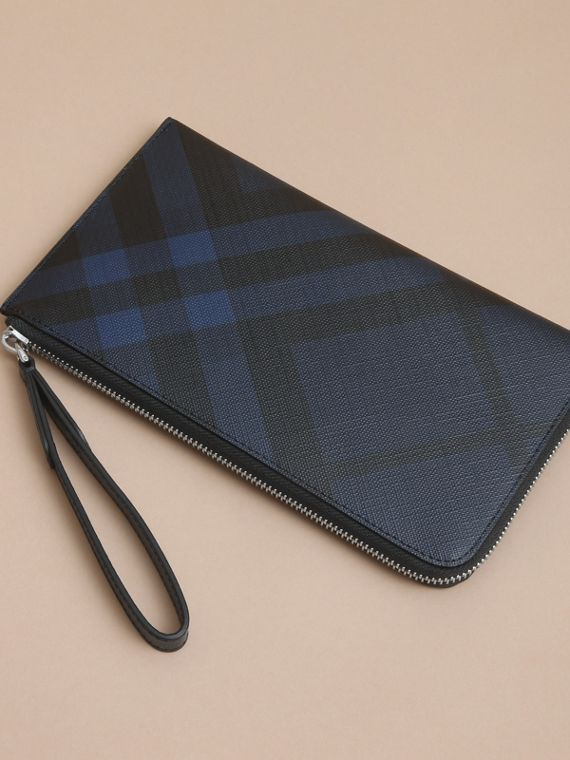 London Check Travel Wallet in Navy/black - cell image 3