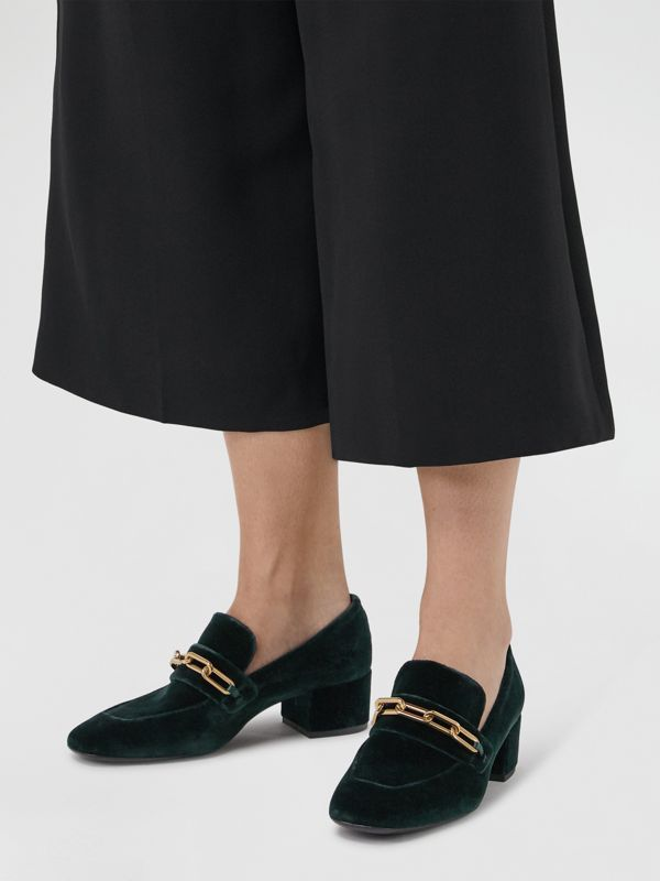 Link Detail Velvet Block-heel Loafers in Dark Forest Green - Women | Burberry - cell image 2