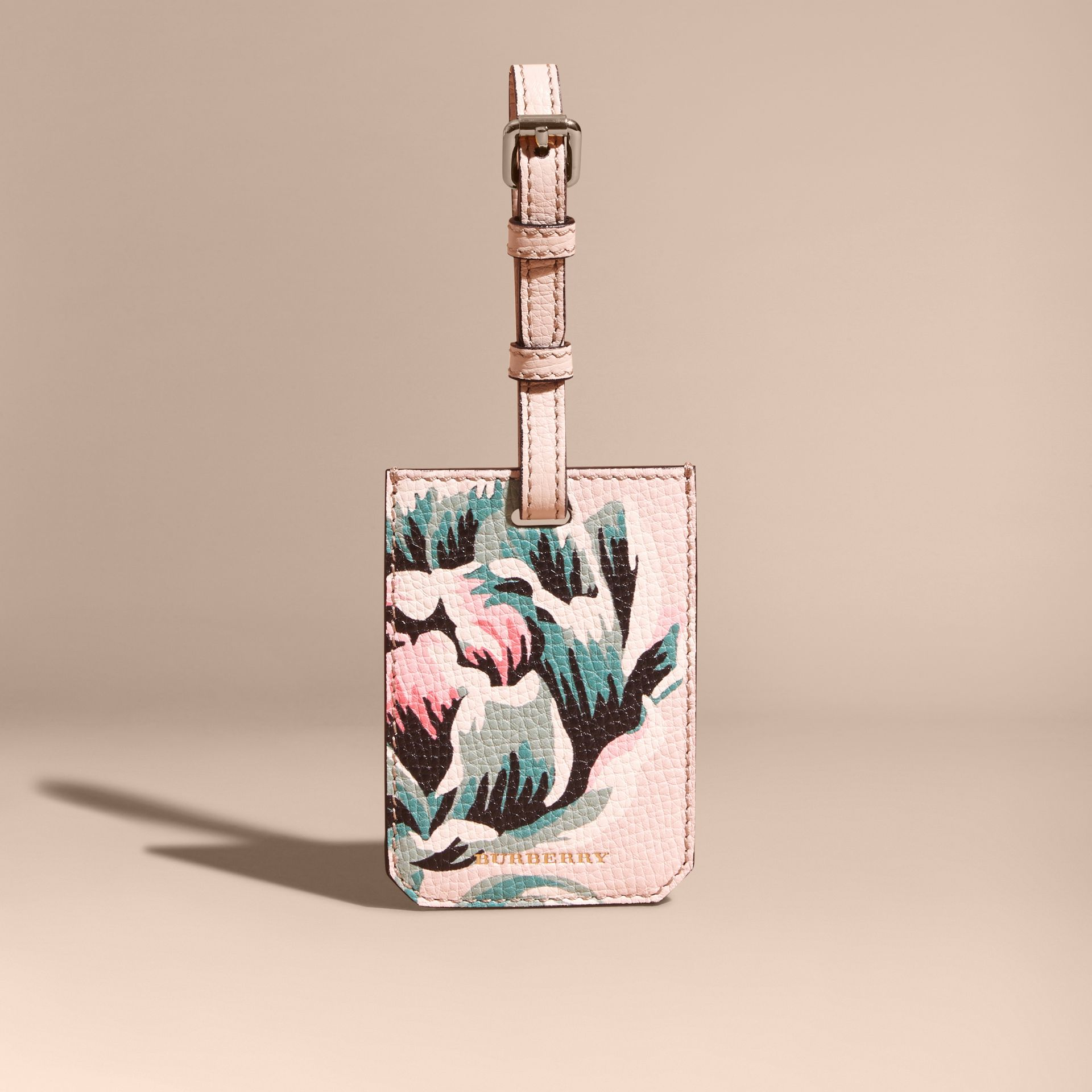 Peony Rose Print Grainy Leather Luggage Tag in Natural / Emerald Green | Burberry - gallery image 5