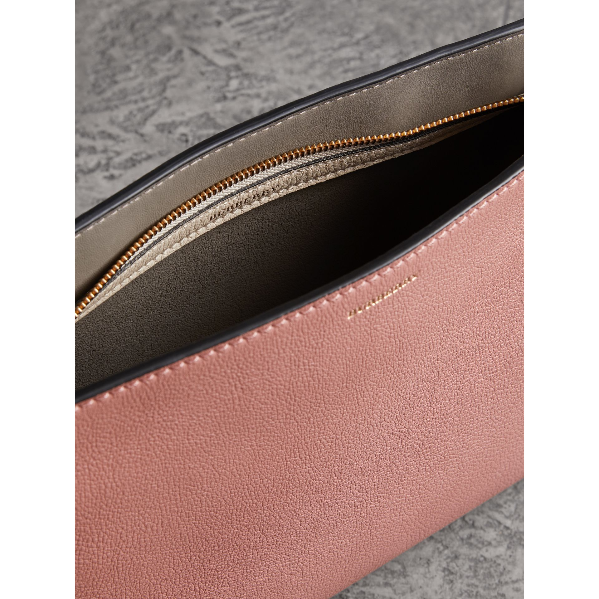 Medium Tri-tone Leather Clutch in Dusty Rose/limestone | Burberry Australia - gallery image 5