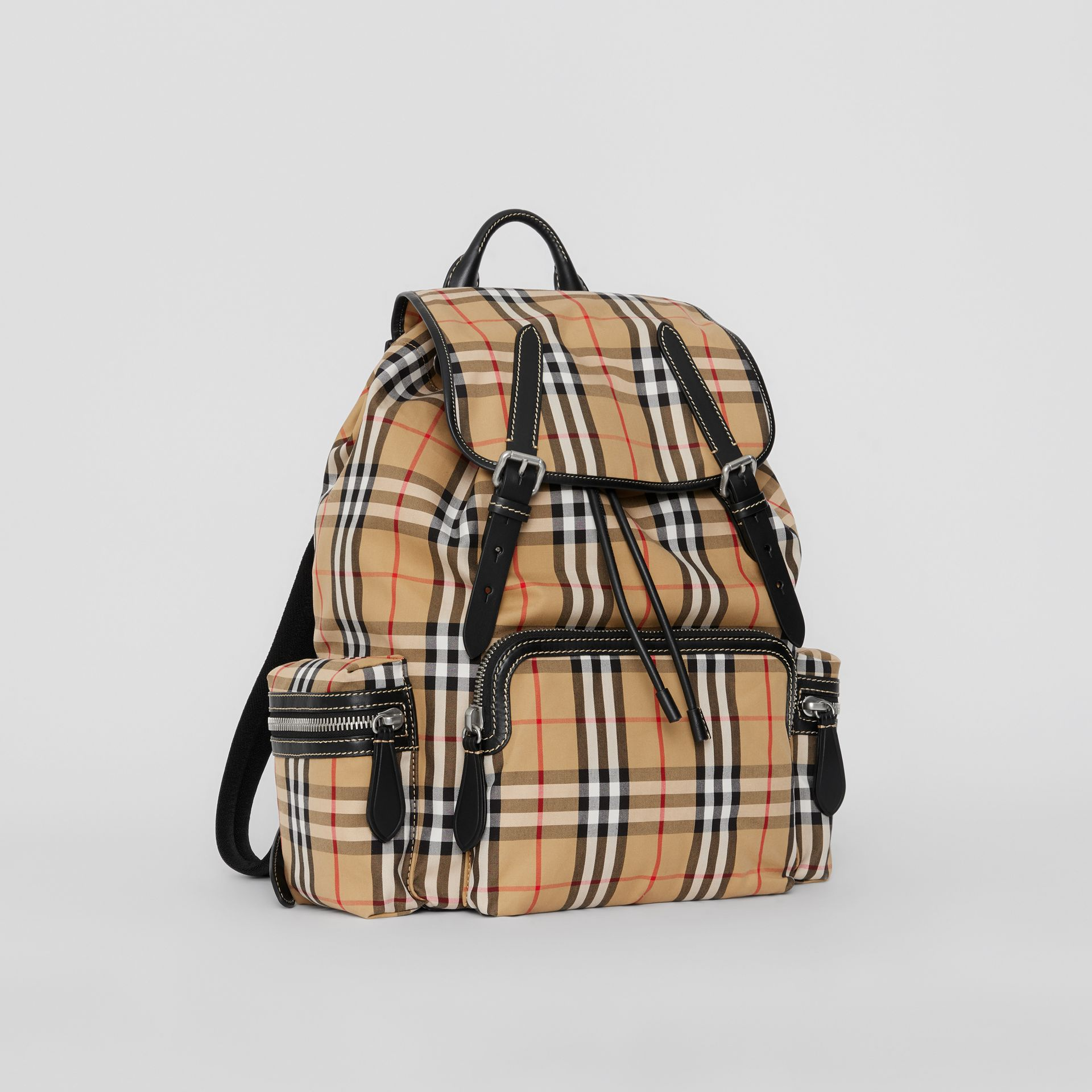 Grand sac The Rucksack à motif Vintage check (Jaune Antique) | Burberry - photo de la galerie 6
