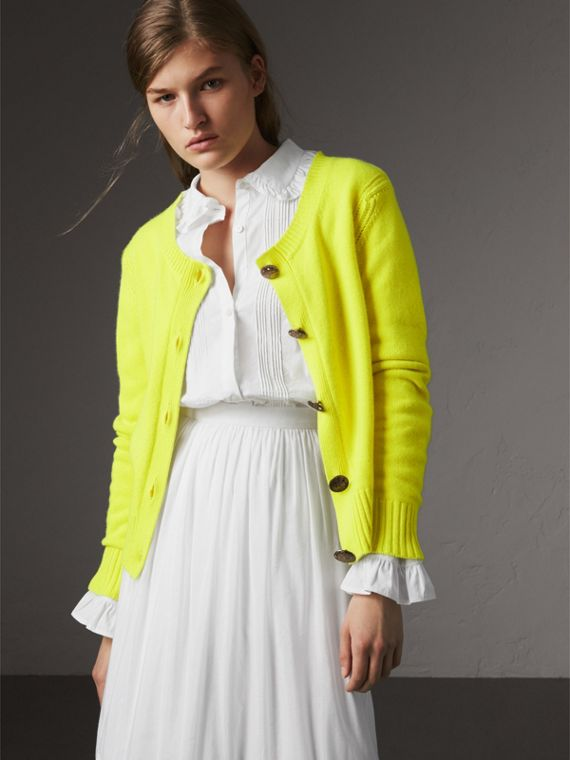 Cardigan in cashmere con bottoni decorati (Giallo Limone Intenso)