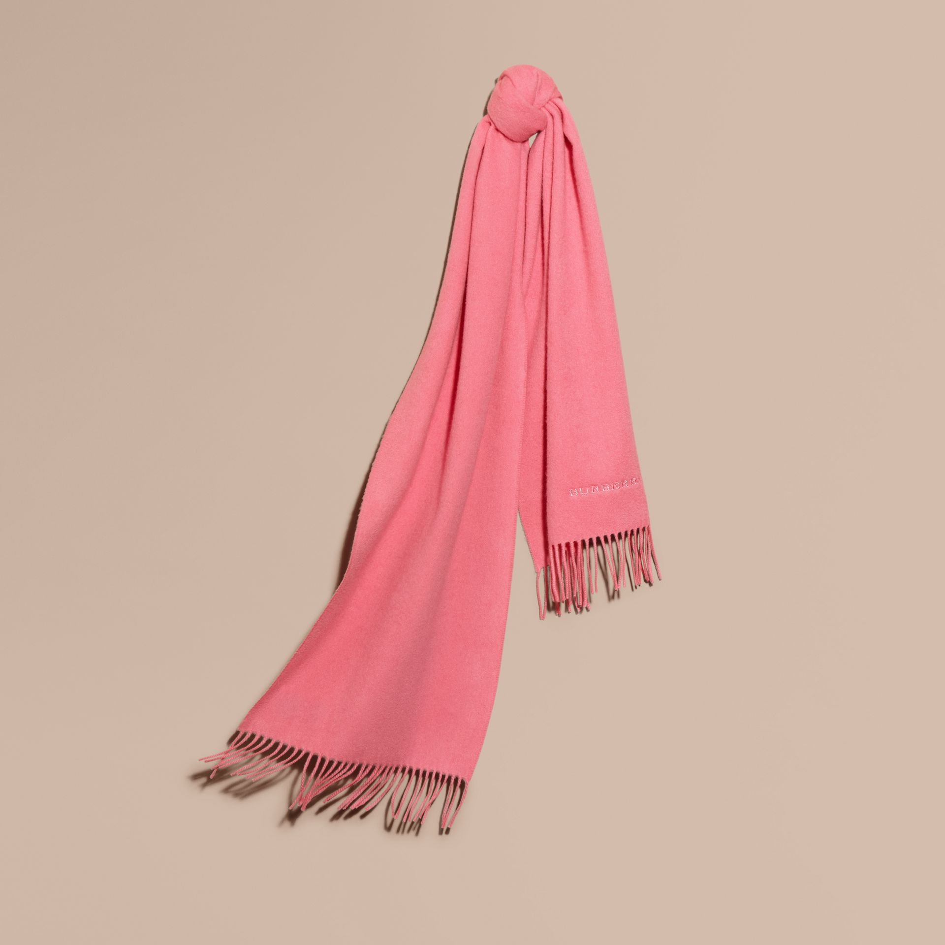 The Classic Cashmere Scarf Rose Pink - gallery image 6