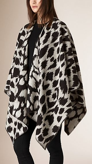 Limited Edition Wool Cashmere Jacquard Poncho