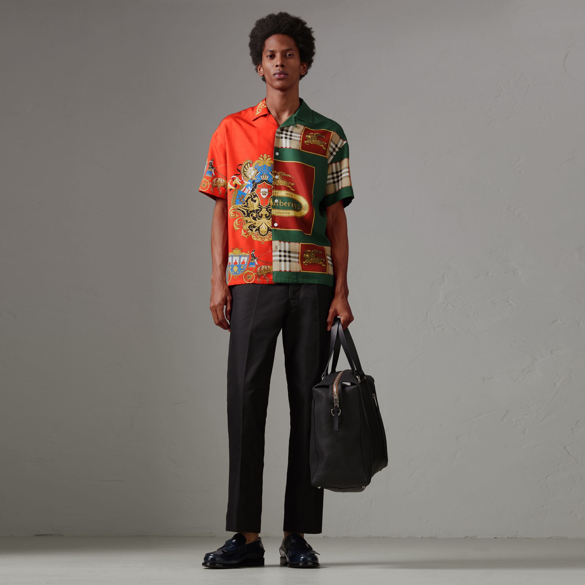 Short-sleeve Archive Scarf Print Silk Shirt in Bright Orange - Men | Burberry - gallery image 0