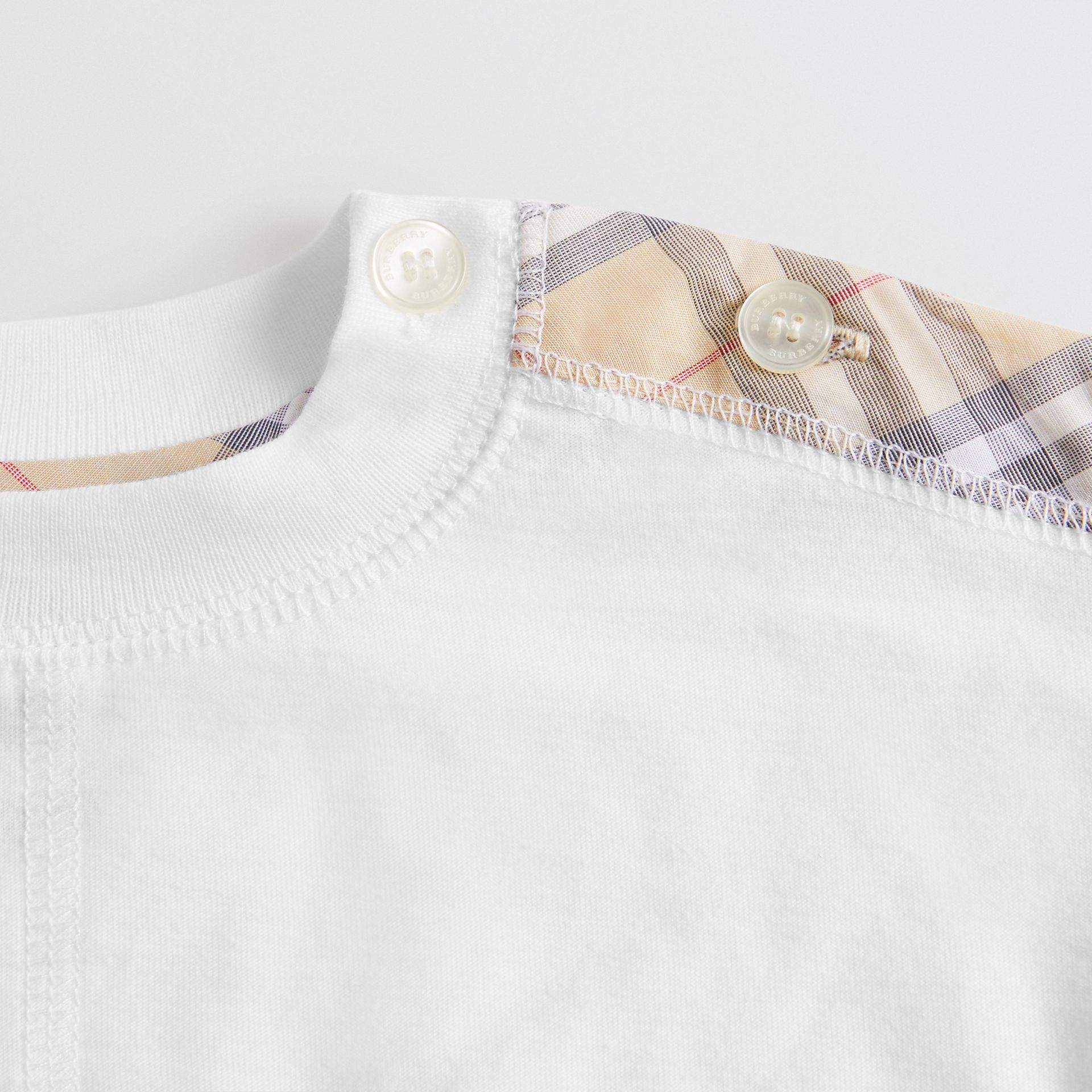 Check Cotton Three-piece Baby Gift Set in White - Children | Burberry Canada - gallery image 1