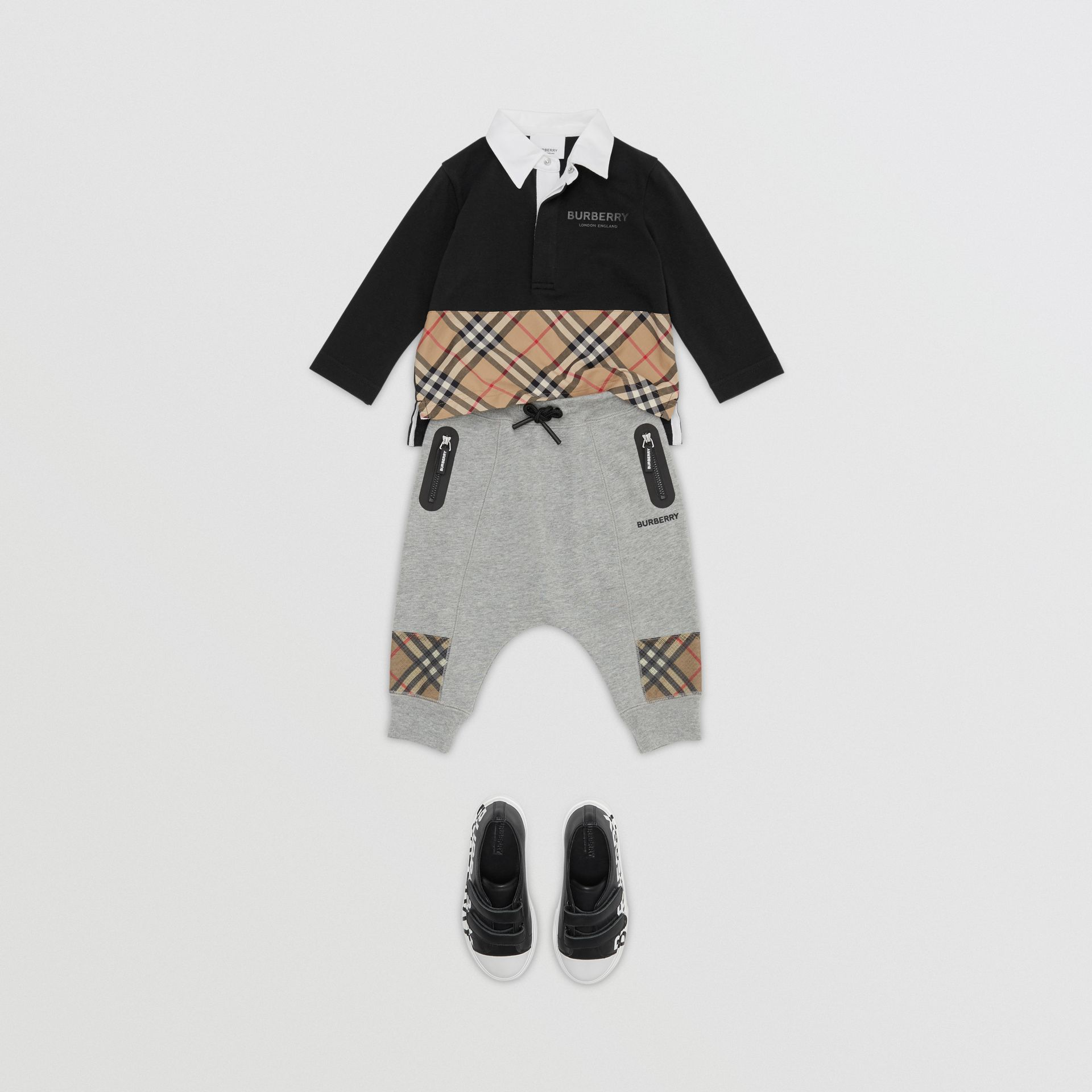 Long-sleeve Vintage Check Panel Cotton Polo Shirt in Black - Children | Burberry - gallery image 2
