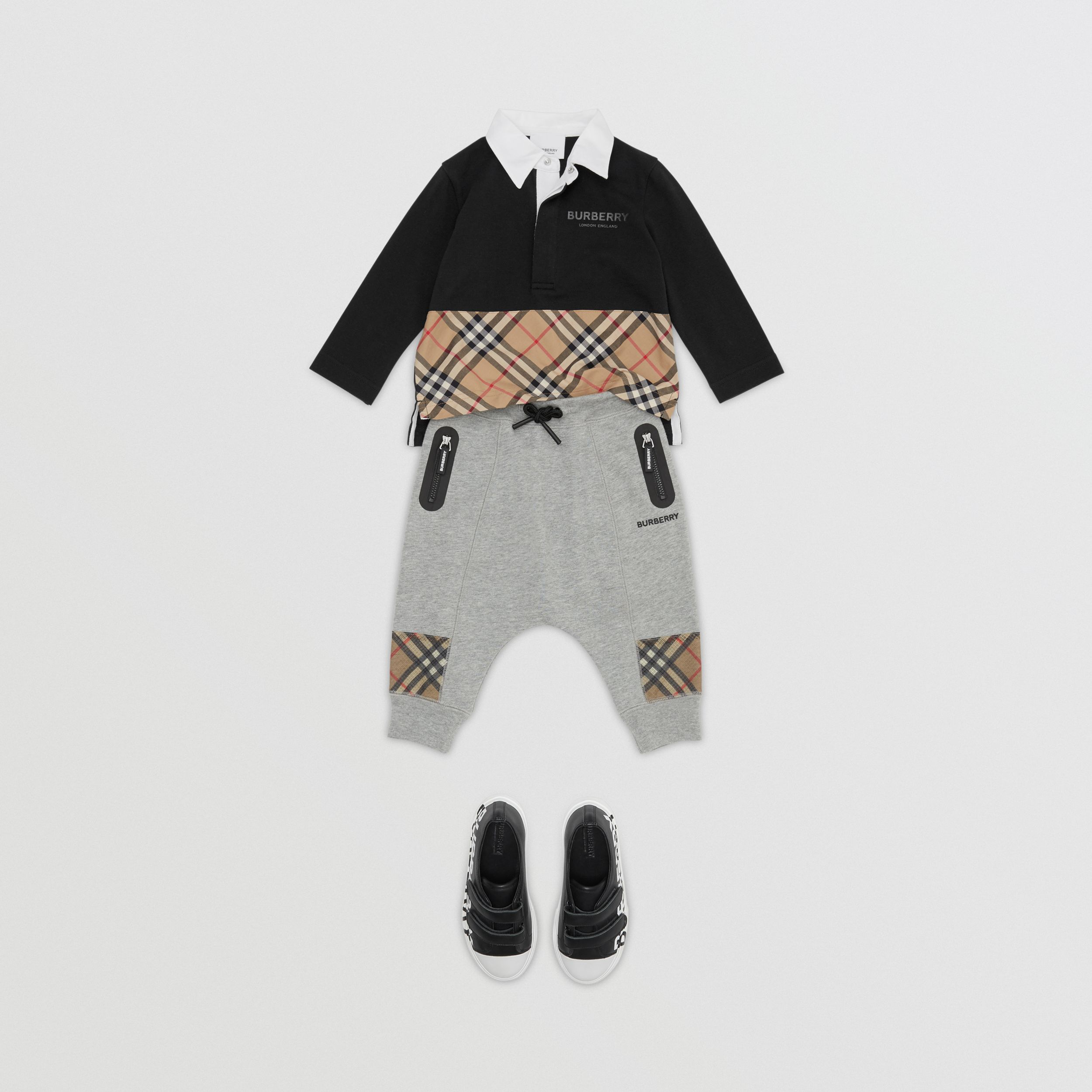 Long-sleeve Vintage Check Panel Cotton Polo Shirt in Black - Children | Burberry - 3