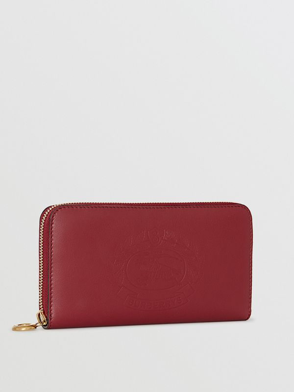 Embossed Crest Two-tone Leather Ziparound Wallet in Crimson - Women | Burberry Canada - cell image 3