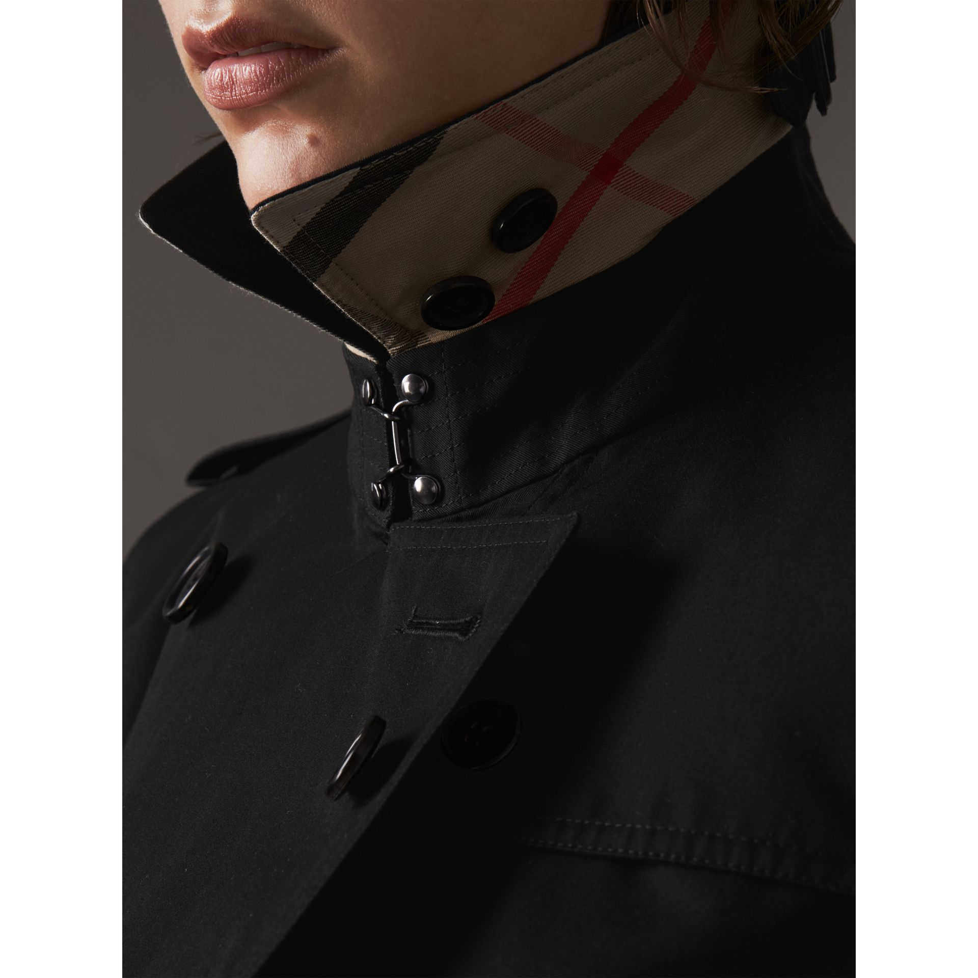 The Kensington – Extra-long Trench Coat in Black - Women | Burberry United States - gallery image 1