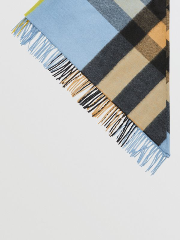 The Burberry Bandana in Check Cashmere in Pale Carbon Blue | Burberry Australia - cell image 3