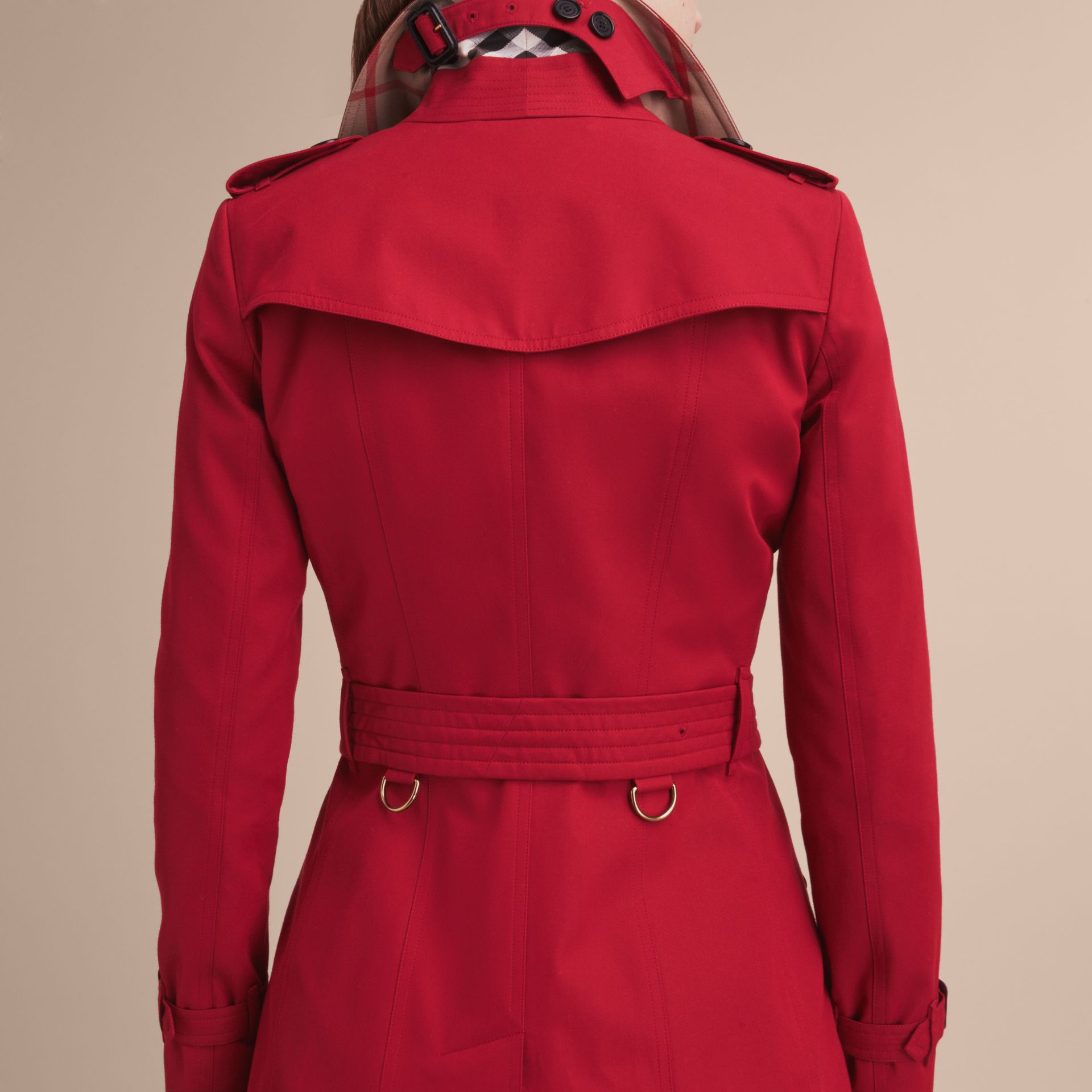 Parade red The Chelsea – Mid-length Heritage Trench Coat Parade Red - gallery image 6