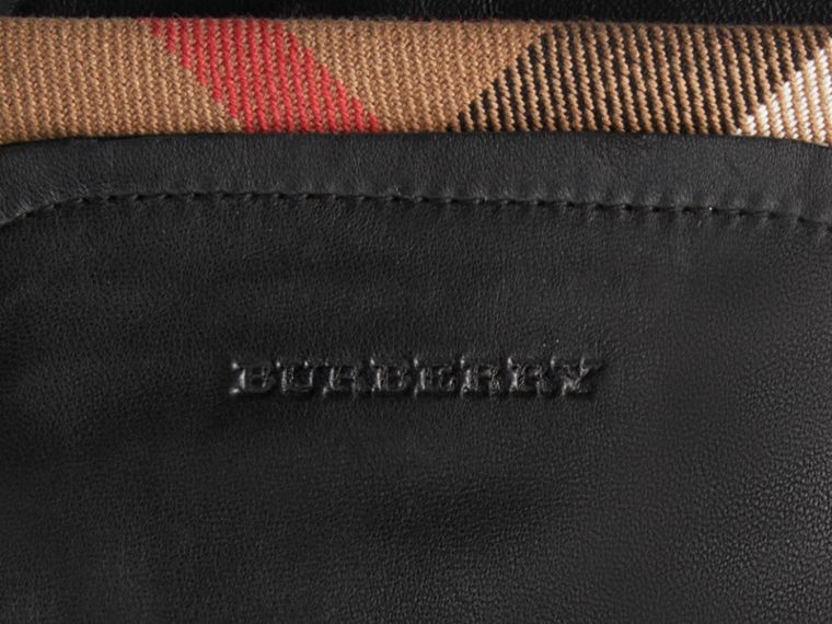 Guanti per touchscreen in pelle con finiture tartan (Nero) - Donna | Burberry - cell image 1
